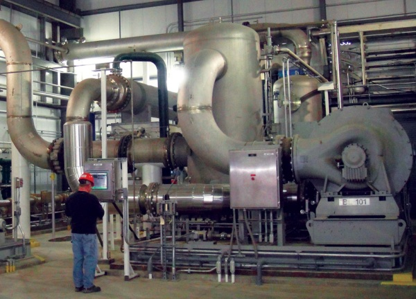 CO2 compressor at ADM's Decatur, Illinois ethanol CCS facility. Photo: ADM.