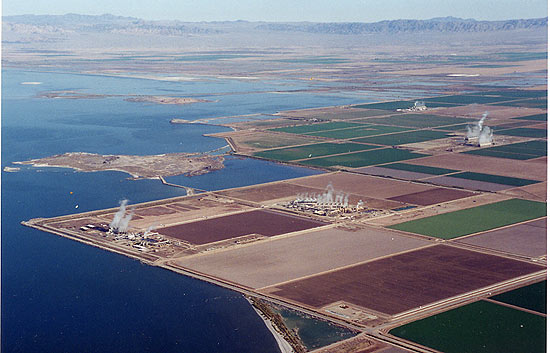 Group of 7 geothermal plants at Salton Sea site generate enough electricity to power 100,000 homes. Photo: Clui.org.