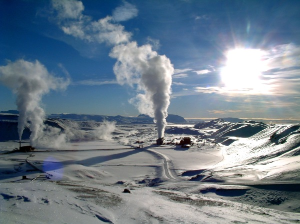 Iceland's Krafla geothermal power station resulted from an incident of accidental drilling into subsurface magma of a caldera several years ago. Photo: Wikimedia.org.